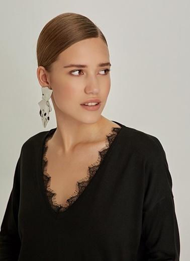 Ng Style Yakası Dantelli Baharlık Triko Kazak Siyah